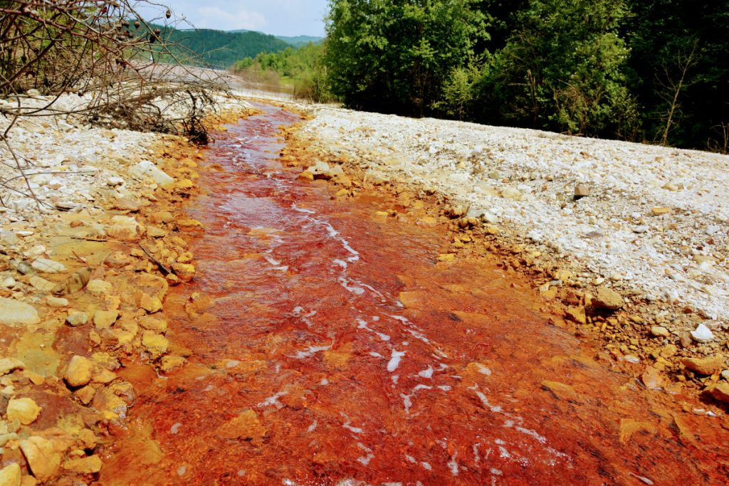 Toxic river Geamana Village