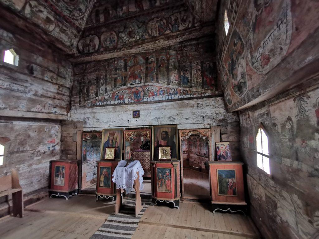 Bârsana Wooden Church (interior)