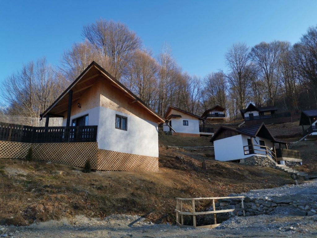 Satu Muscelean, village accommodation in Romania