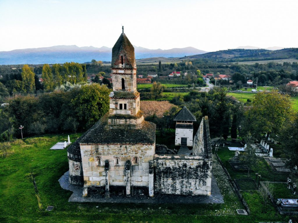 Densuş Church and village
