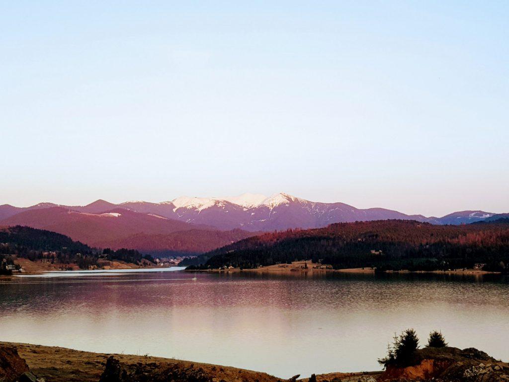 Colibita Lake