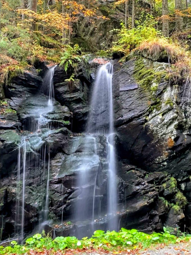 Jiet Waterfall near Petrosani