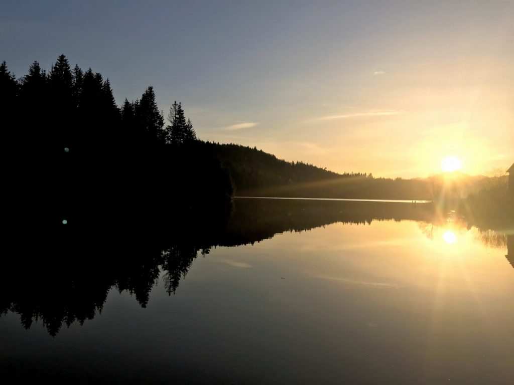 Colibita Lake at sunset